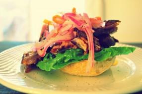 Butifarra sandwich